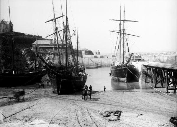 Coasters in the harbour. 'Vixen' of Fowey is pictured on the left, probably 'Hetty' on the right at the central jetty