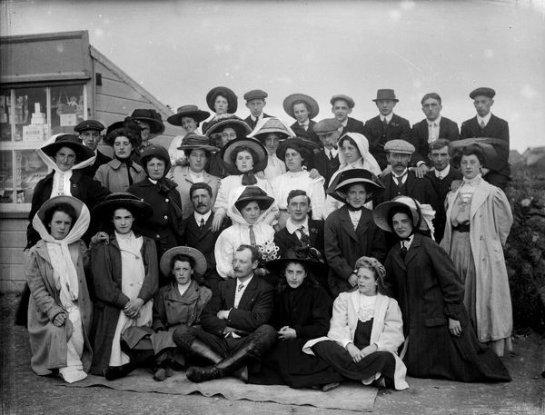 Excursion group posed, presumed to be at Land's End. Photographer: Unknown