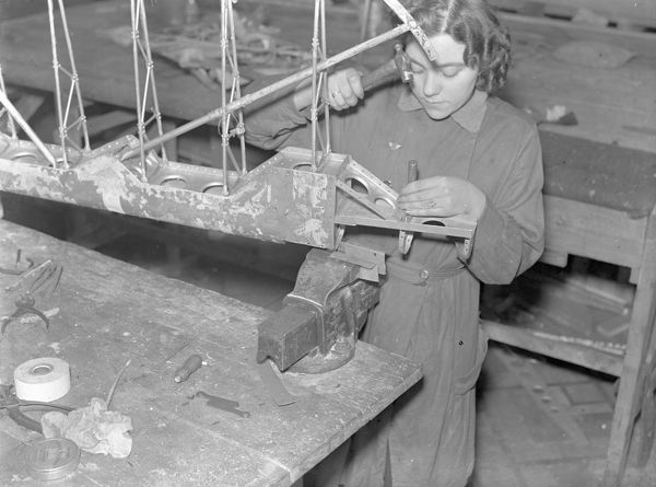 Worker in the aircraft component repair department during the Second World War in what was the H