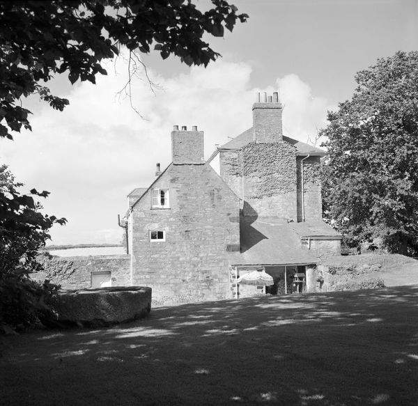 A view of the Grade II listed former dower house from the side. The house is said to have originally been built for one of the daughters of the Basset family of Tehidy and wife of John Collins, Rector of Illogan. Photographer: Charles Woolf