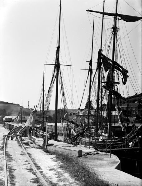 Pentewan harbour, Cornwall. 1914. © From the collection of the RIC