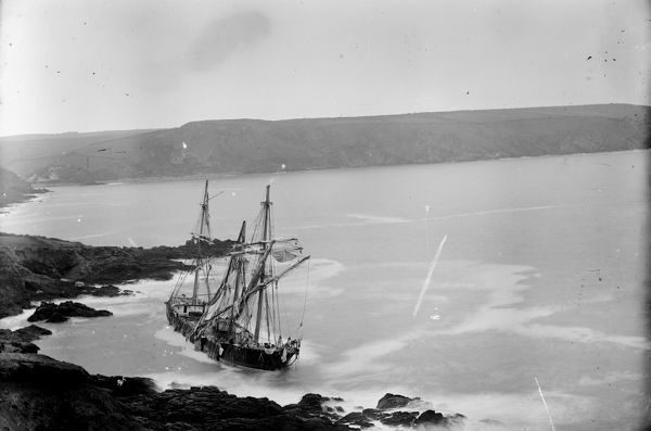 Four masted ship, wrecked on Nare Point, Falmouth in the great blizzard of 10 March 1891