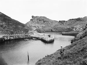 Boscastle harbour, Cornwall. 19th June 1905