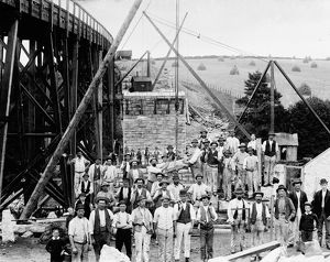 Building a new viaduct, Hayle, Cornwall. 1884-1885
