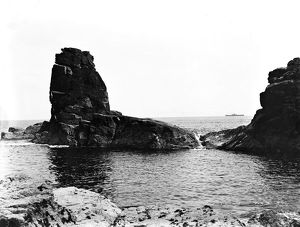 Bumble Rock, Landewednack, Cornwall. 1908