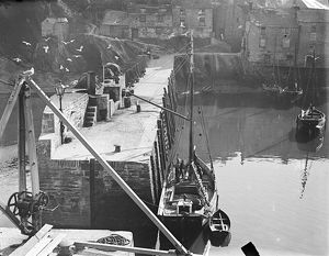 Harbour, Polperro, Cornwall. Late 1800s/early 1900s