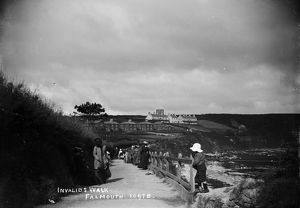 Invalid's Walk, above Gyllyngvase Beach, Falmouth. Early 1900s