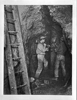 King Edward Mine, William's Lode, South Condurrow, Camborne, Cornwall. Around 1900