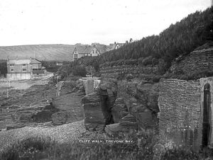 Looking east along the cliff walk at Newtrain Bay, Trevone, Padstow, Cornwall. Early 1900s