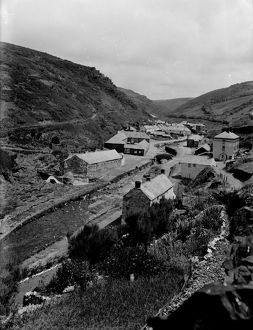 Lower town and Vallency Valley, Boscastle, Cornwall. July 1925