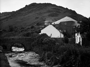 Old bridge and mill, Boscastle, Cornwall. 1905