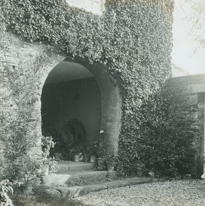 Tolvern Barton, Philleigh, Cornwall. Old entrance arch.