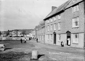 A street in Flushing, Cornwall. Early 1900s