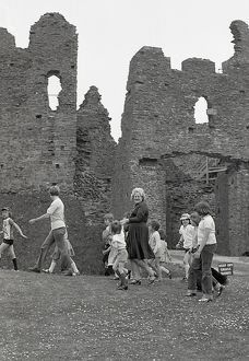 Toddler Trot, Restormel Castle, Lanlivery, Cornwall. May 1980