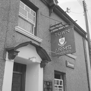 The Town Arms, Fore Street, Tregony, Cornwall. 1973