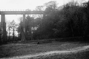 Trenance viaduct, Newquay, Cornwall. Around 1905-1910