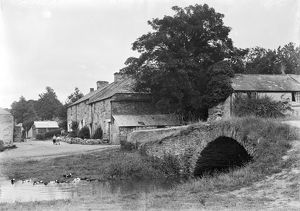 The village street and bridge at Lerryn, St Veep, Cornwall. Early 1900s