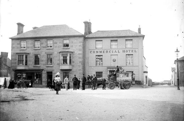 View of the Commercial Hotel in Market Square (or Commercial Square) when owned by Sydney Henry Coles