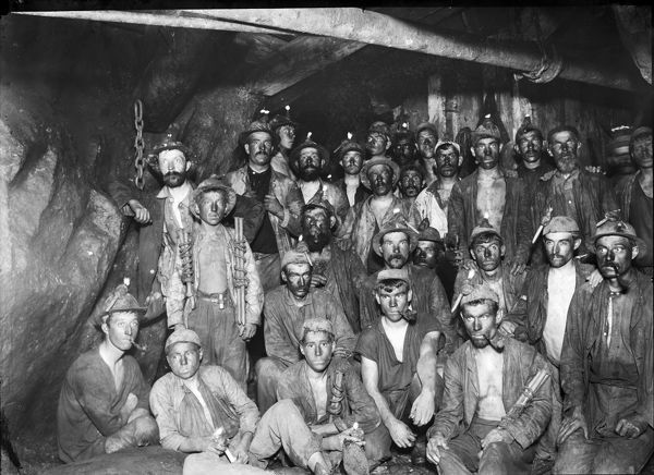 Group of 29 miners posed underground at the 278 fathom level