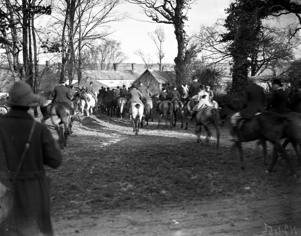 Hunting party meeting at the Truthan Estate. Photographer: Arthur William Jordan
