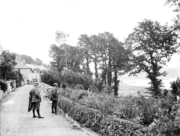 The road along the sea front, overlooking the estuary, St Mawes, Cornwall. 29th June 1912