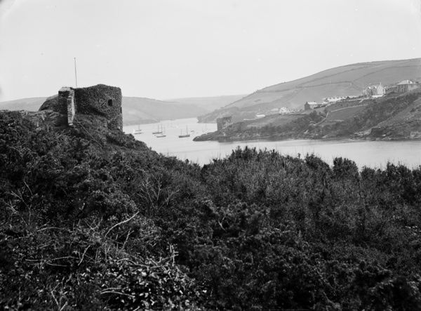 St Catherine's Point, Fowey, taken from the north east, with the castle on the left and a view upstream towards Polruan. Photographer: Herbert Hughes