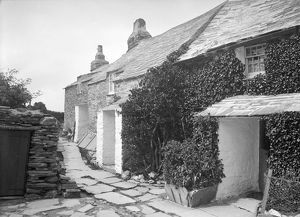 Cottages at Tregatta, Tintagel, Cornwall. 1907