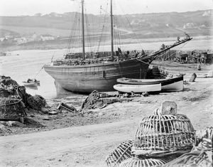 Coverack harbour, Coverack, St Keverne, Cornwall. Late 1800s