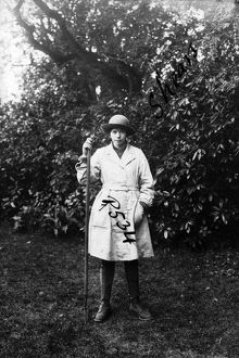 Member of the First World War Women's Land Army, Tregavethan Farm, Truro, Cornwall