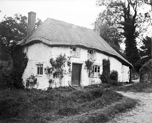 Thatched cottage, Calenick, Cornwall. 1912